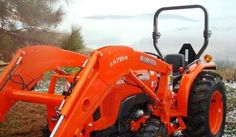 2012 Kubota bucket tractor. Asking $25,000 obo. Only used for 2 hours. 4 Speed clutch driven and no issues. Warranty transferrable. Used Construction Equipment, Kubota, Tractors, Bucket, Buckets, Aquarius