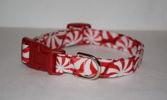 Peppermint Swirl Dog Collar // Handmade & by PawesomePups on Etsy