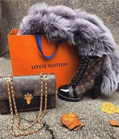 Classic #Louis #Vuitton #Monogram Handbags & Cool Winter High Heel Boot For Fashion Women.