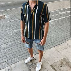 Stunning 30 Vintage Summer Outfits Ideas That You Must Try Nowaday Stunning 30 Vintage Summer Outf Mode Masculine, Vintage Summer Outfits, Guy Summer Outfits, Men's Summer Clothes, Spring Outfits, Beach Outfits, Dress Summer, Stylish Mens Outfits, Casual Outfits
