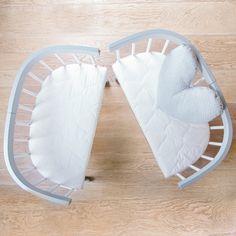 💝 Aus 1 mach 2💝  Unsere tweeto Babybett schafft ein kuscheliges Nest für dein Baby. 🐤 Erfahre mehr über unser 7-in-1-Bett, das mit deinem Kind mitwächst. Kid Furniture, Toys, Ideas