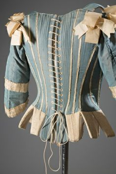 Corset 1770. From a new exhibition at New York's @Museum at FIT. Catalogue available: ow.ly/xBZaH