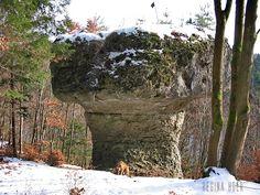 Der Rabenfels und die Parasol-Felsen (Oberpfalz)   Kult-Urzeit   Mystische Orte in Bayern und aus dem Rest der Welt