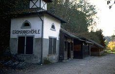 Erdmannshöhle Hasel Zwarte Woud Duitsland augustus 2006