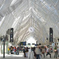 Sous la nef (septembre 2014)  Crédit : SNCF-AREP  Photographe Mathieu Lee Vigneau Architectes : JM. Duthilleul, F. Bonnefille, E. Tricaud