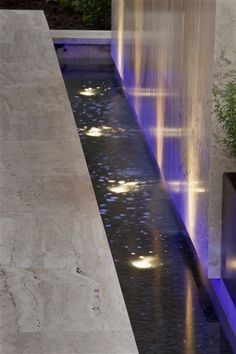 Water Features Sculptures - The Garden Light Company Photo Gallery Landscape Elements, Landscape Architecture, Water Lighting, Outdoor Lighting, Pond Lights, Lighting Companies, Water Walls, Entrance Design, Water Features In The Garden