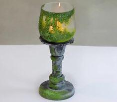 Sieht dieser Kerzenhalter nicht einfach toll aus? Ganz einfach selbst gestalten mit unserer Mooseffekt-Paste! Candle Holders, Candles, Hang In There, Products, Autumn, Amazing, Simple, Kids, Nice Asses