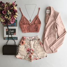 Estação da Moda Store Find women's clothing, dresses, blouses, t-shirts, shorts and more . Short Outfits, Spring Outfits, Trendy Outfits, Cute Outfits, Fashion Outfits, Fashion Mode, Look Fashion, Womens Fashion, Street Fashion
