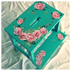 I just wanted a splash of colour in the kitchen. So I decided to paint the Ikea stool in turquoise and decorate with some roses. Just love the combination, dont you Blue Home Decor, Easy Home Decor, Diy Home Crafts, Ikea Bekvam, Bekvam Stool, Decoupage Furniture, Painted Furniture, Ikea Stool, Painted Stools