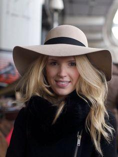 70's floppy hat in pure wool felt
