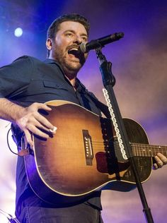 Award winning country musician Chris Young brought