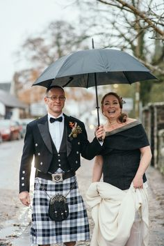 #longdress #wool #tweed #shorttrain #autumnthemedwedding Photos by http://www.zoecampbellphotography.com/