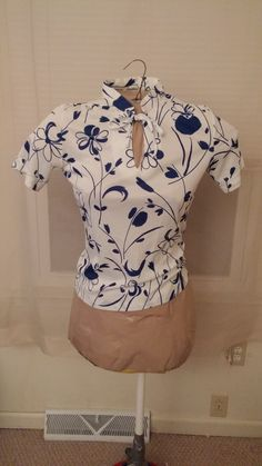 Lovely Vintage white & blue ALFRED DUNNER blouse by MagicMemoriesVintage on Etsy