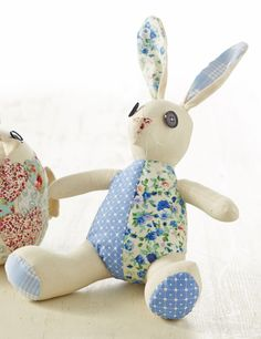 Brush up on your hand sewing with this super cute patchwork Easter bunny project by Debbie Thorne. #EasterBunny #EasterCraft