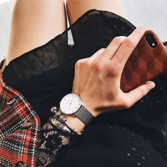 Perfect warm weather accessory by JULIAN MATTHEWS | watch | style | Fashion | Inspiration | Uhr | Lifestyle Daniel Wellington, Warm Weather, Style Fashion, Fashion Inspiration, Lifestyle, Watch, Classic, Silver, Accessories