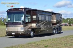 2007 Monaco Dynasty 42' #luxury #motorhome and #RV could be your home away from home while you see the world!  Available for sale at Motorhomes of Texas!