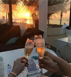 Lifestyle of the Rich & Famous Boujee Lifestyle, Luxury Lifestyle Women, Beach Bodys, Photography Beach, Foto Top, Foto Instagram, Disney Instagram, Luxe Life, Rich Life