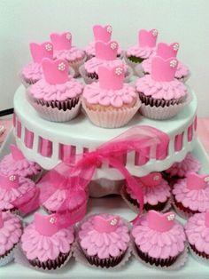 Pink Ballerina cupcakes! Dance Cupcakes, Tutu Cupcakes, Ballerina Cupcakes, Ballerina Party, Love Cupcakes, Fondant Cupcakes, Themed Cupcakes, Cupcake Cakes, Cakepops