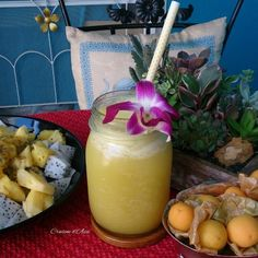Fresh pineapple, apples and ginger juice…