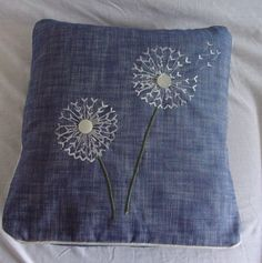 Cushion cover of Dandelions blowing in the wind on blue cotton base fabric. Detailing with machine stitching and button embelishments Cushion Ideas, Diy Cushion, Cushion Pads, Cushion Covers, Free Motion Embroidery, Embroidery Art, Embroidery Flowers Pattern, Flower Patterns, Dandelions