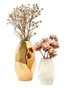Nate Berkus Gold and White Facet Vase via Target Target Home Decor, Retro Home Decor, Cheap Home Decor, Diy Home Decor, Gold Vases, White Vases, Decoration Design, Deco Design, Flower Vases