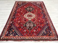 Persian Hand Knotted Shiraz Rug Size: 241 x 180cm