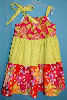 Tiered Pillowcase Dress pattern tutorial. Cute little girls dress pattern. I like this one!