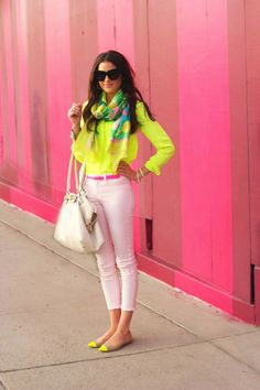 Bright pear check shirt with colorful scarf and pink belt and light pink casual plan jeans and white leather hand bag and yellow, light brown style pumps