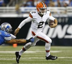 Johnny Manziel made just enough of his work with the Browns' second team to provide highlights in his debut. When playing with starters next week, Manziel will seal the starting role. Football Signs, Football Helmets, Nfl Betting, Cleveland Browns Football, Johnny Manziel, Football Conference, Cartoon People, Sports Stars, Fantasy Football