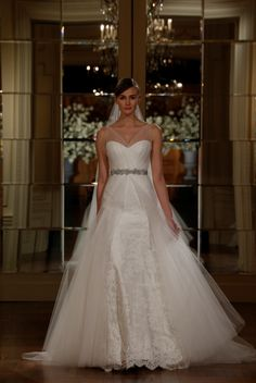 L5102 Legends by Romona Keveza Wedding Dresses via @Dress for the Wedding