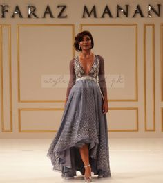 Pakistani fashion royalty and impressario, Faraz Manan, joined his Indian counterparts at the second, annual Aashni + Co Wedding Show in association with Mustang Productions on Sunday January . Lehenga Choli Online, Bridal Lehenga Choli, Indian Lehenga, Faraz Manan, Party Wear Lehenga, Wedding Show, Indian Outfits, Indian Clothes, Indian Couture