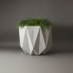 geometric concrete planter makes a nice modern design
