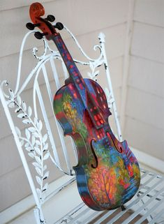 Ideas for music arte beautiful violin Violin Art, Violin Music, Painted Ukulele, Music Room Art, Piano, Vintage Sheets, Music Stuff, Music Things, Picture Design