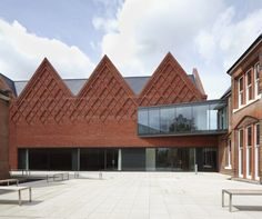 Brentwood School Study Centre and Auditorium / Cottrell & Vermeulen Architecture / Archdaily