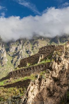 Vista de las Ruinas incas de Ollantaytambo en el Valle Sagrado, Perú -Jhabich