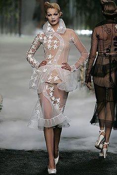 Christian Dior Fall 2005 Couture Collection Photos - Vogue