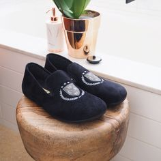 The Polo slipper by CALZAMUR will keep your feet cosy. SHOP NOW www.theslipperhub.com.au. Free Delivery to Australia & New Zealand.