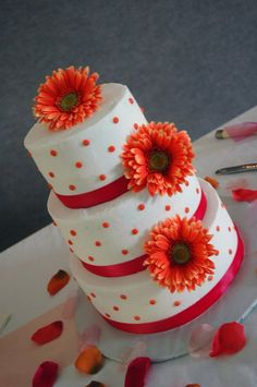 next cake idea. with real frosting. probably a different color. and different flowers.
