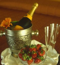Romantic vacation packages - COLOR HOTEL:http://www.colorhotel.it/vacation-packages-lake-garda/romantic-vacation-packages