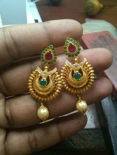 Gold Jewelry Simple, Simple Necklace, India Jewelry, Jewellery, Gold Earrings, Gemstone Rings, Designers, Bangles, Brooch