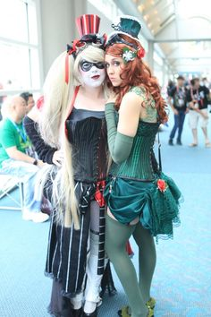 Harley Quinn and Poison Ivy – SDCC 2012 – Bill Watters