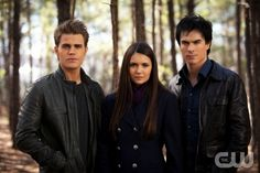 """""""The Murder of One""""--LtoR: Paul Wesley as Stefan, Nina Dobrev as Elena, and Ian Somerhalder as Damon on THE VAMIPIRE DIARIES on The CW. Photo: Bob Mahoney/The CW ©2012 The CW Network. All Rights Reserved."""