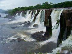 A Cachoeira de Santo Antônio no Amapá - Foto: Setur Laranjal do Jarí / Cachoeira de Santo Antônio – Amapá - Brasil