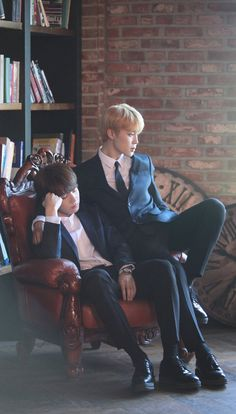Find images and videos about kpop, bts and jungkook on We Heart It - the app to get lost in what you love. Bts Jimin, Bts Bangtan Boy, Bts Photo, Foto Bts, Yoonmin, Busan, Namjoon, Taehyung, Jin