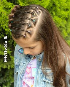 No photo description available. Kids Braided Hairstyles, Princess Hairstyles, Little Girl Hairstyles, Cute Hairstyles, Toddler Hairstyles, Hair Dos For Kids, Braid Styles, Short Hair Styles, Middle Hair