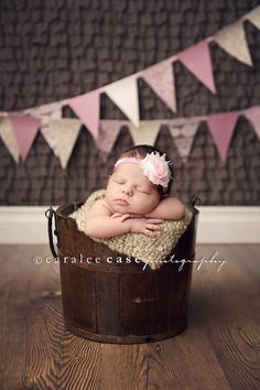 Like the textured background, pennants, wood floor, bucket and little nugget :)