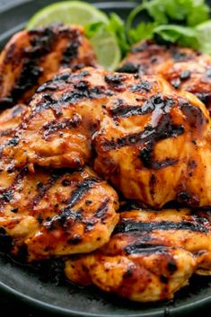 These easy grilled chicken Recipes that are some of the best in the world. Grilled chicken dishes as everyone looks forward to these dish on the table. Chili Lime Chicken, Lime Chicken Recipes, Grilling Recipes, Cooking Recipes, Grilling Ideas, Delicious Dinner Recipes, Marinated Chicken, Grilled Meat, Family Meals