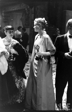 images of edith head | Grace Kelly and costume designer Edith Head holding their Oscars at ...