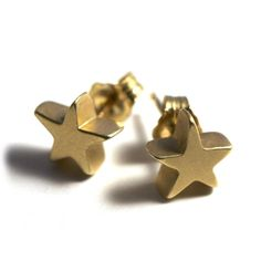 Tiny Star Stud Earrings | ileava