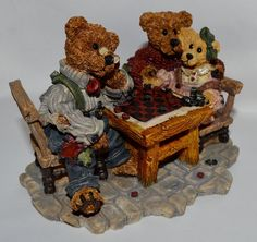 Amazon.com - Grenville with Matthew and Becky... Sunday Afternoon 2281 - Collectible Figurines+
